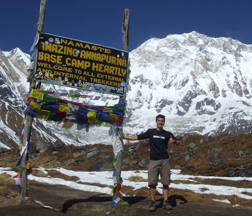 Solo hike in Nepal annapurna