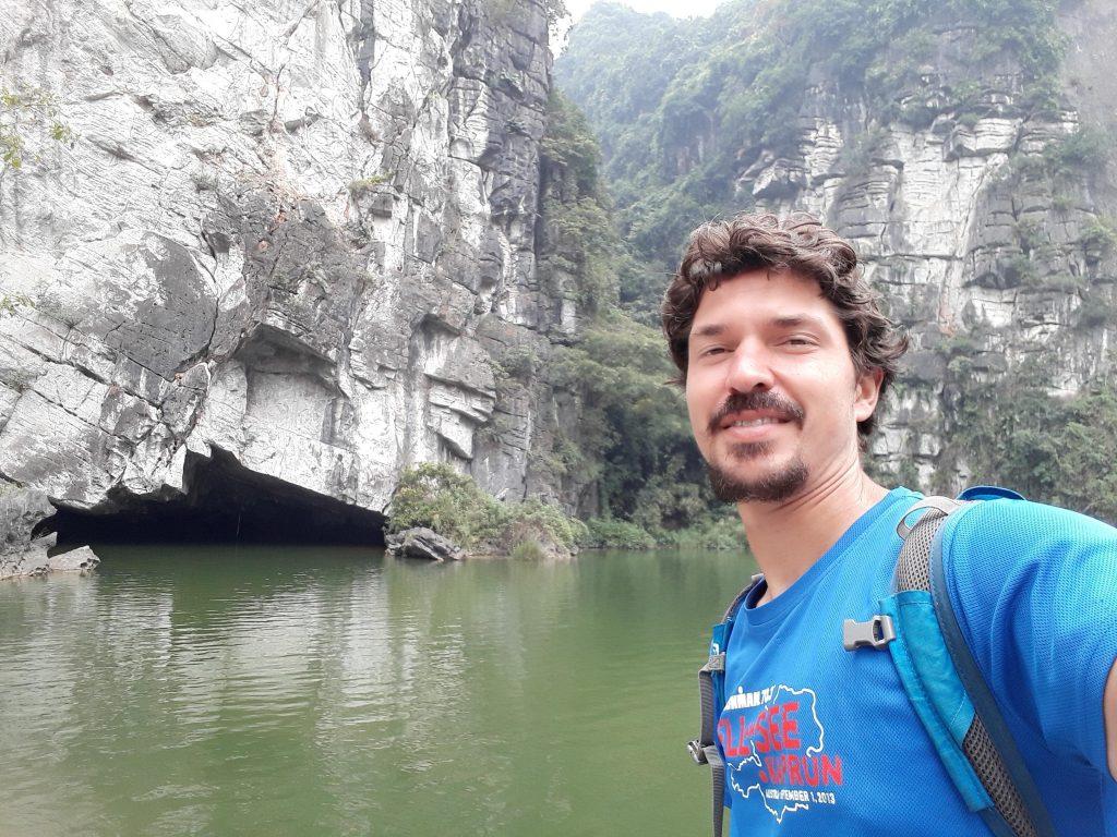 Ninh Binh caves