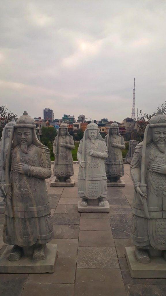 Statues in Ninh Binh