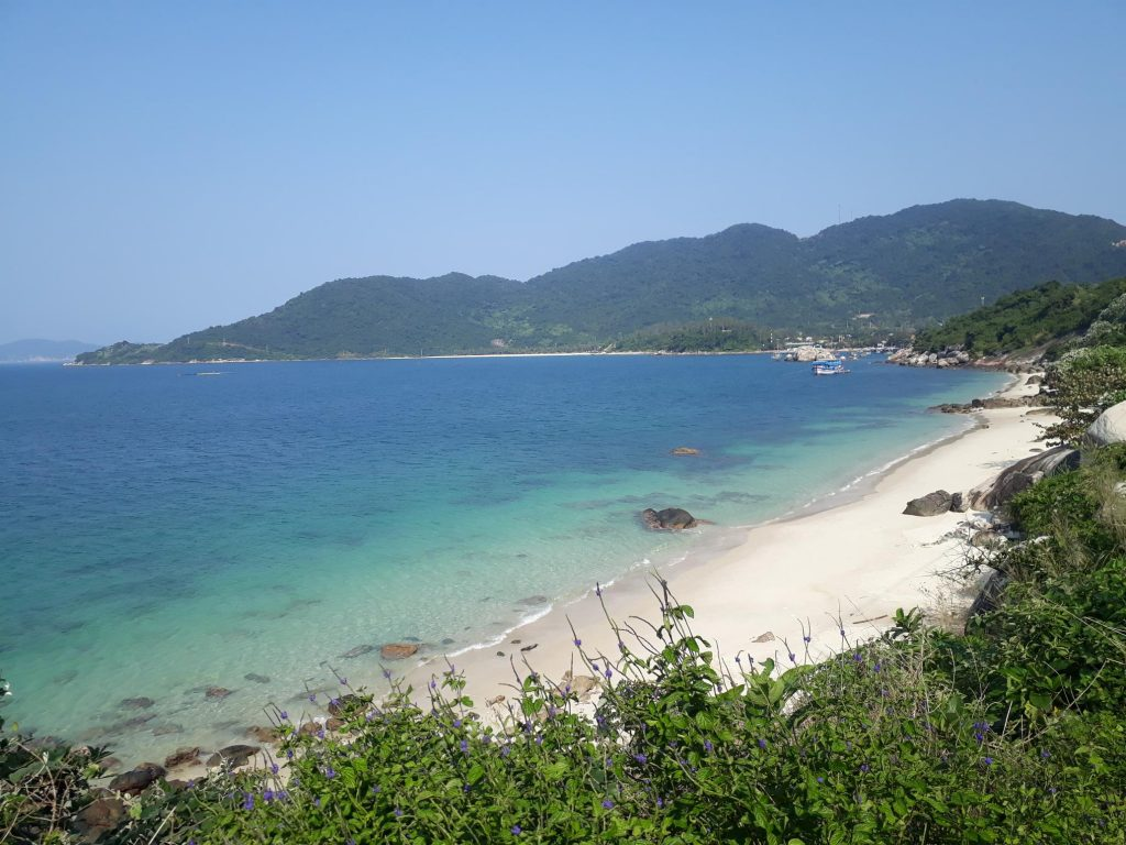 Backpacking in Cham Island Vietnam