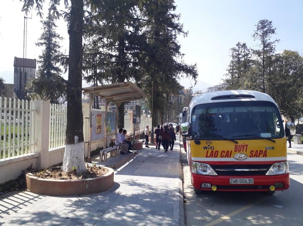 The bus stop at Sapa
