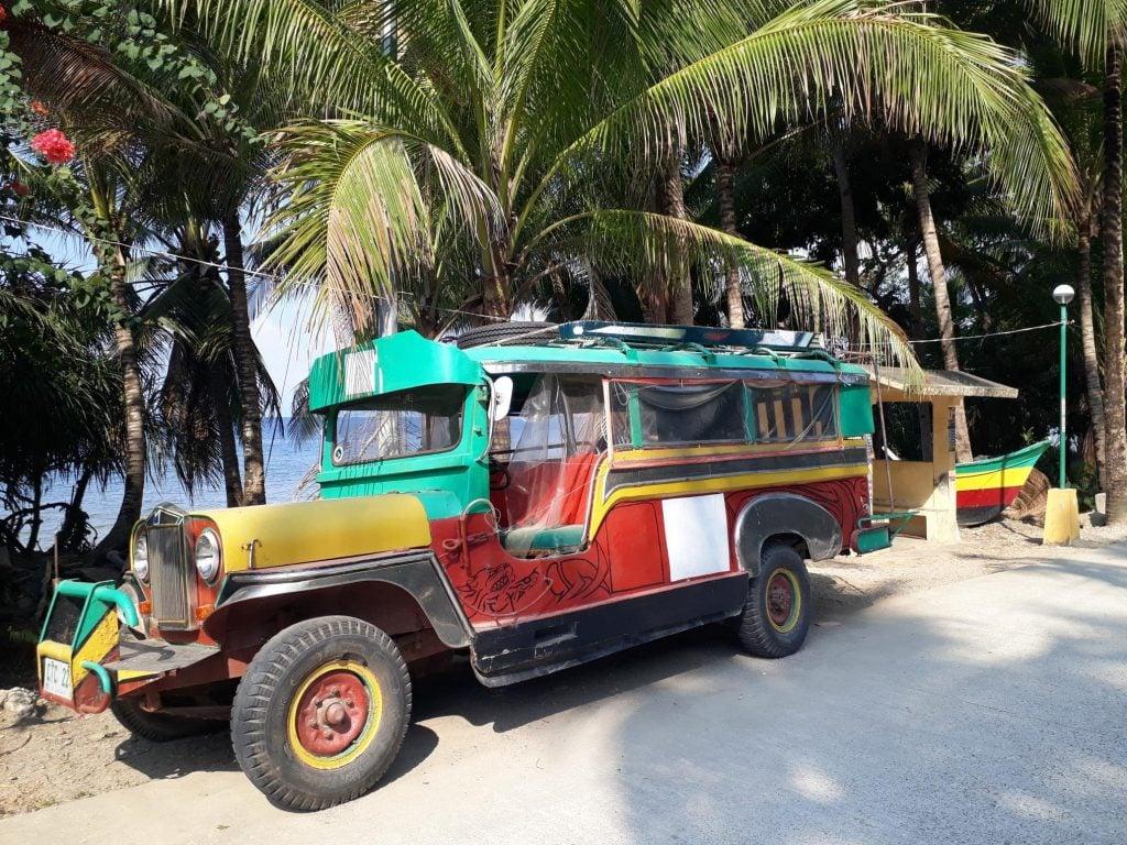 Reggae Vives de Isla Romblon