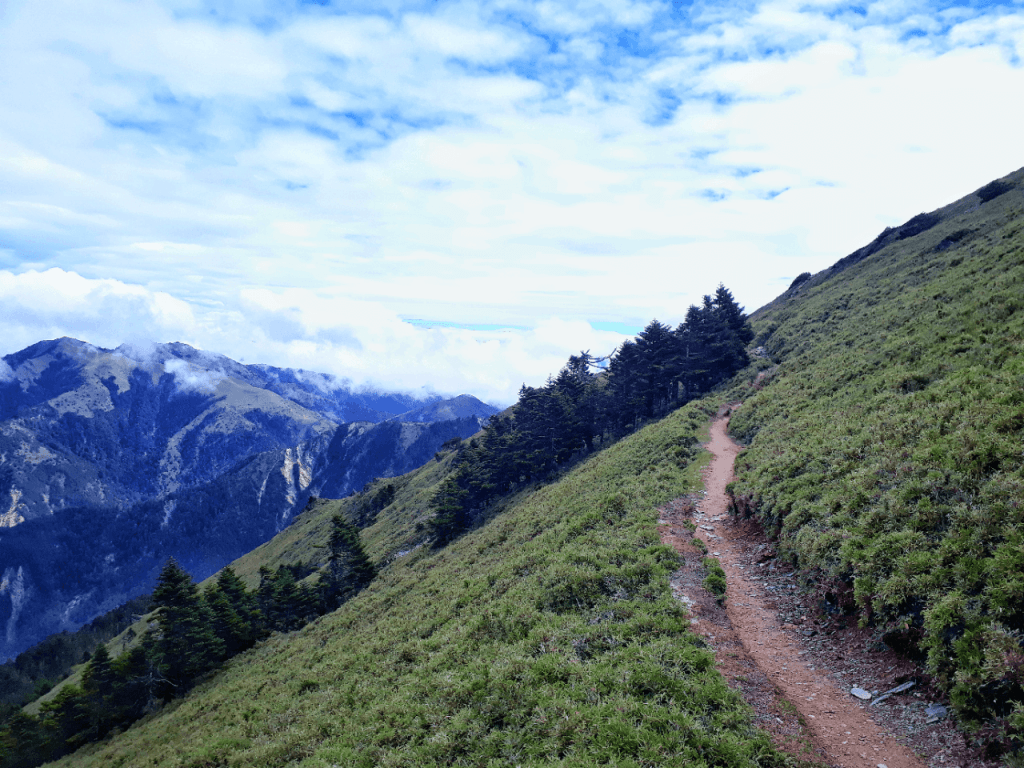 trail to mount sancha