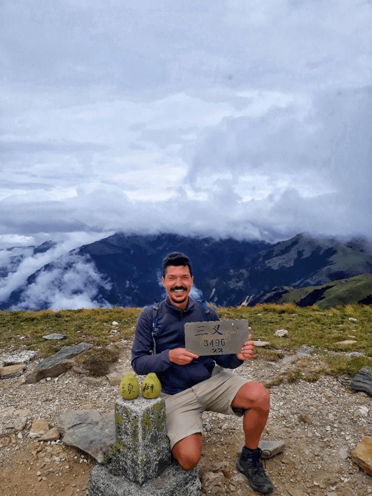 Mount Sancha summit at 3496m
