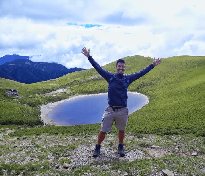 solo hiking jiaming lake