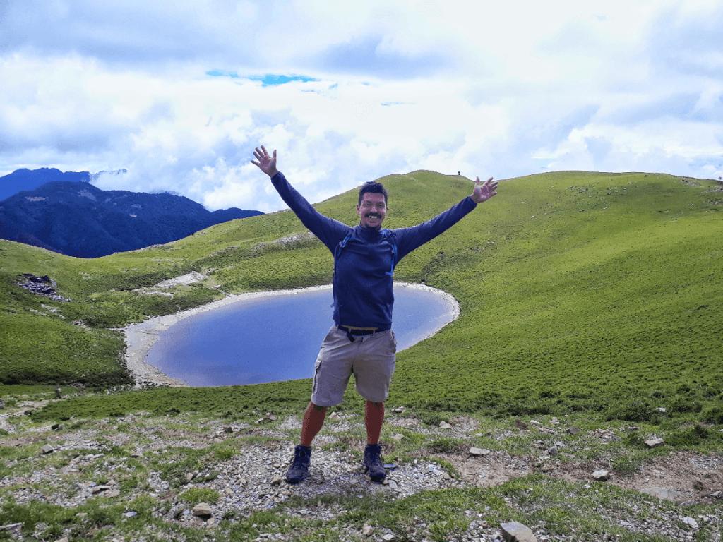 Jiaming Lake hike