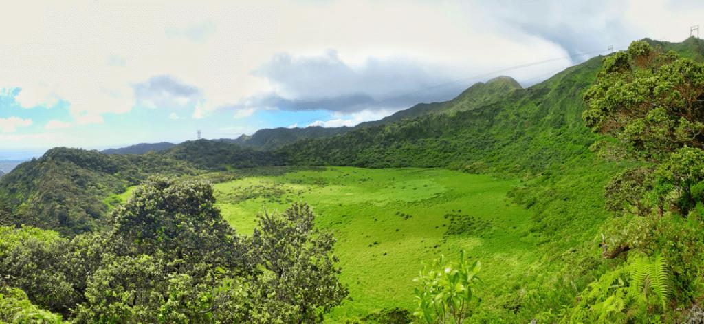 Hiking the Kaau Crater Trail