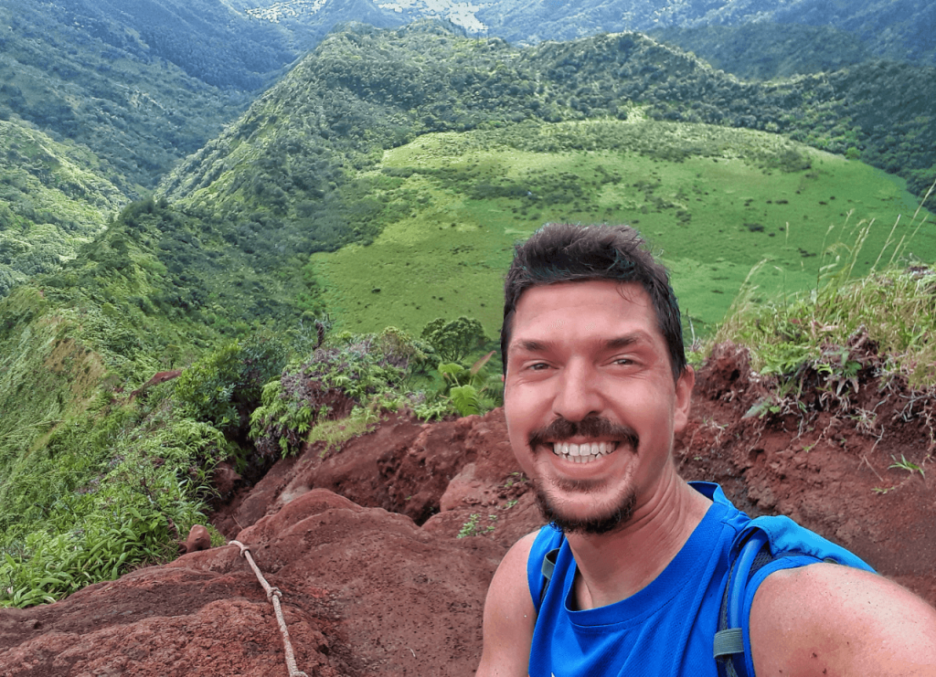 Hiking the ka'au trail