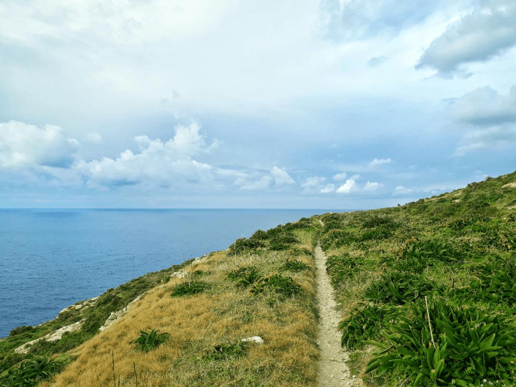 solo hike gozo