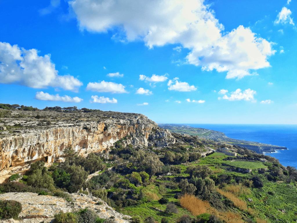 Dingli cliffs hike