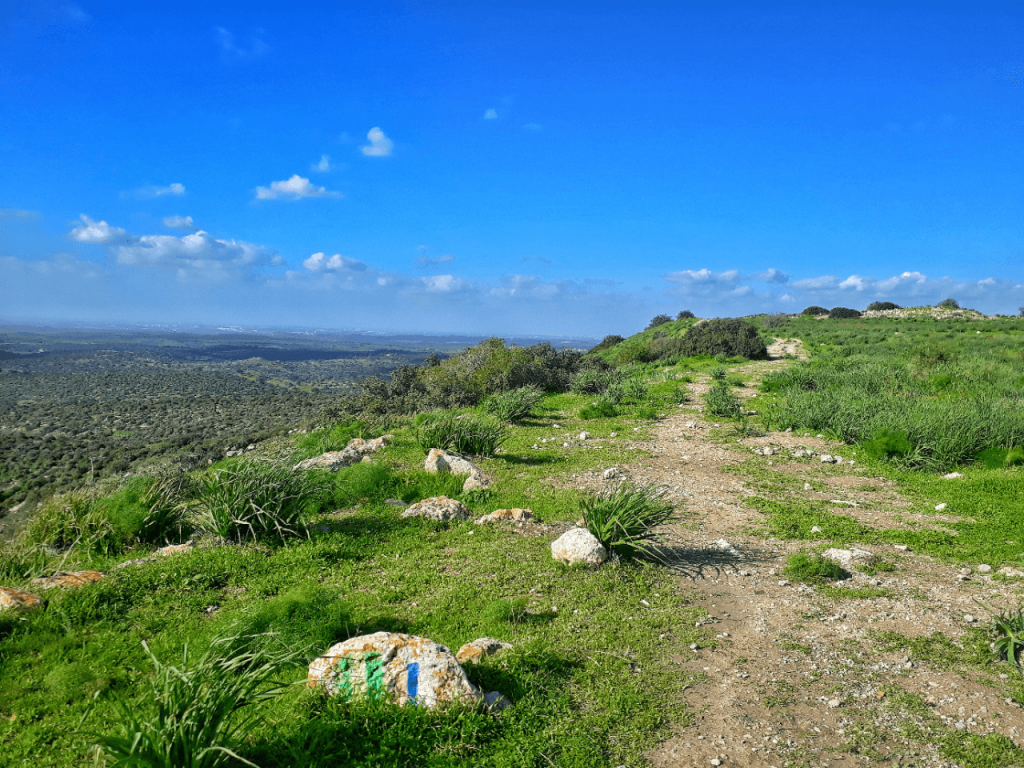 mountain hike israel