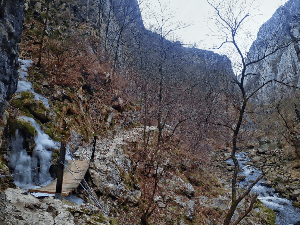 hiking in turda gorge